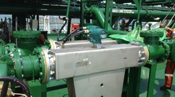 Coriolis mass flow meter installed by insatech marine